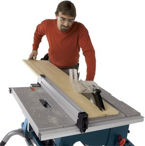 Things To Consider When Buying A Table Saw For Beginner